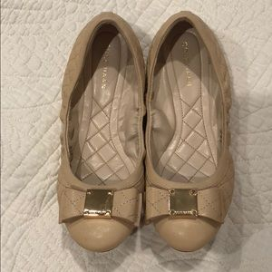 Cole Haan Size 6 Quilted Nude Flats